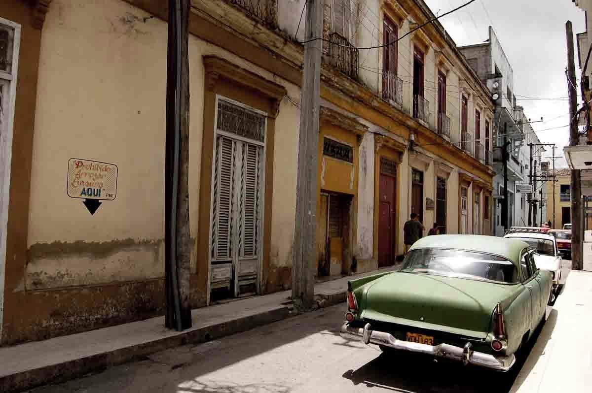 Cuba Gallery online